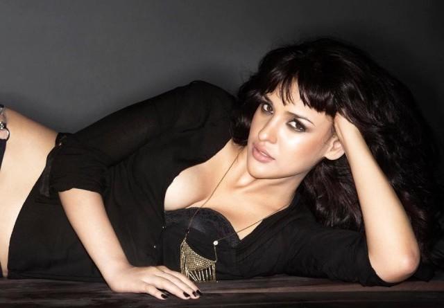 Aisha Sharma Wiki Biography Age Boyfriend family Hidden secrets